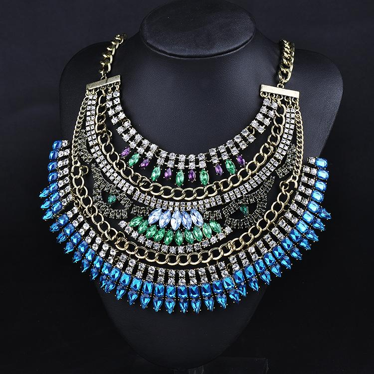 VINTAGE BIG BIB NECKLACE - BLUE