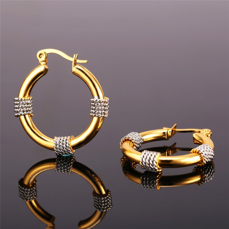 HOOP ROPE DESIGN EARRINGS