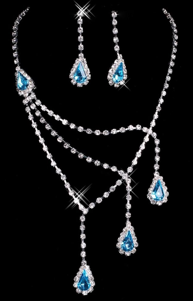 DESIGNER BLUEISH CRYSTAL STONE SET
