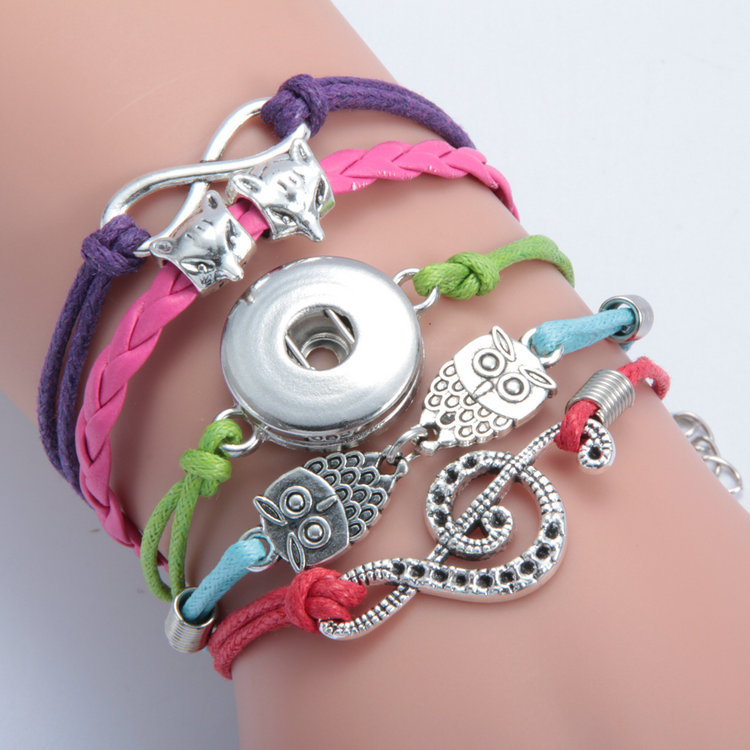 INFINITY CHARM BRACELET MULTI COLOR