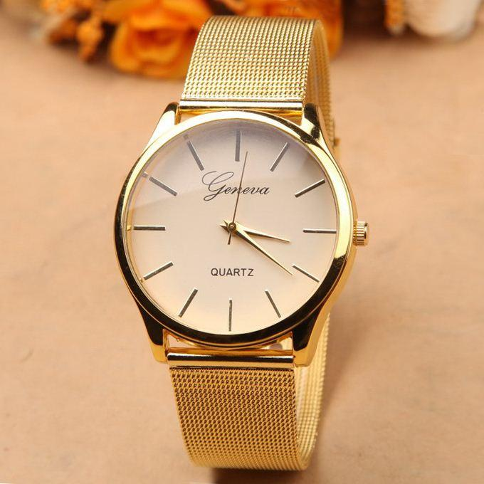 GOLD COLORED LUXURY WATCH FOR WOMEN