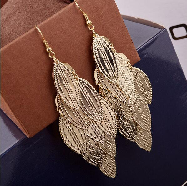 MOTTLED GRAIN EARRINGS GOLD COLOR