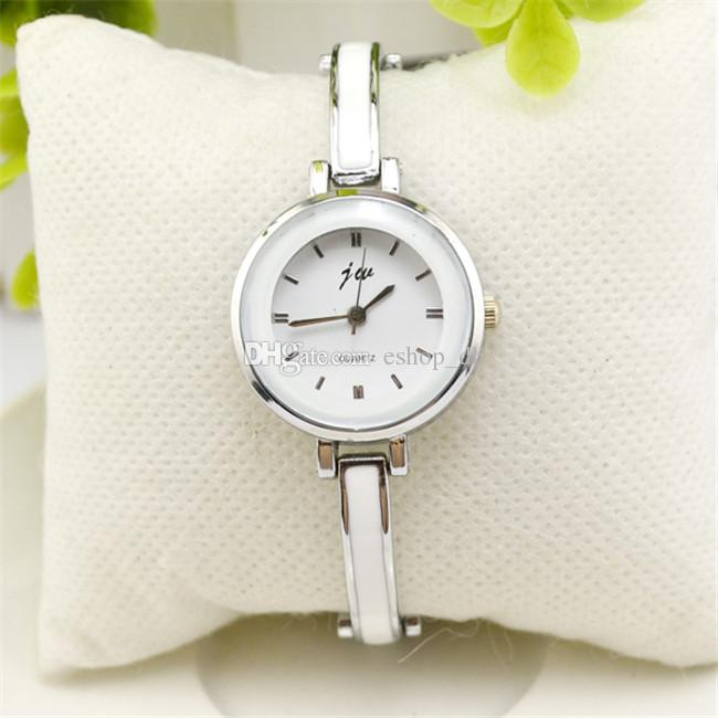 ELEGANT PRINCESS WATCH - SILVER COLOR
