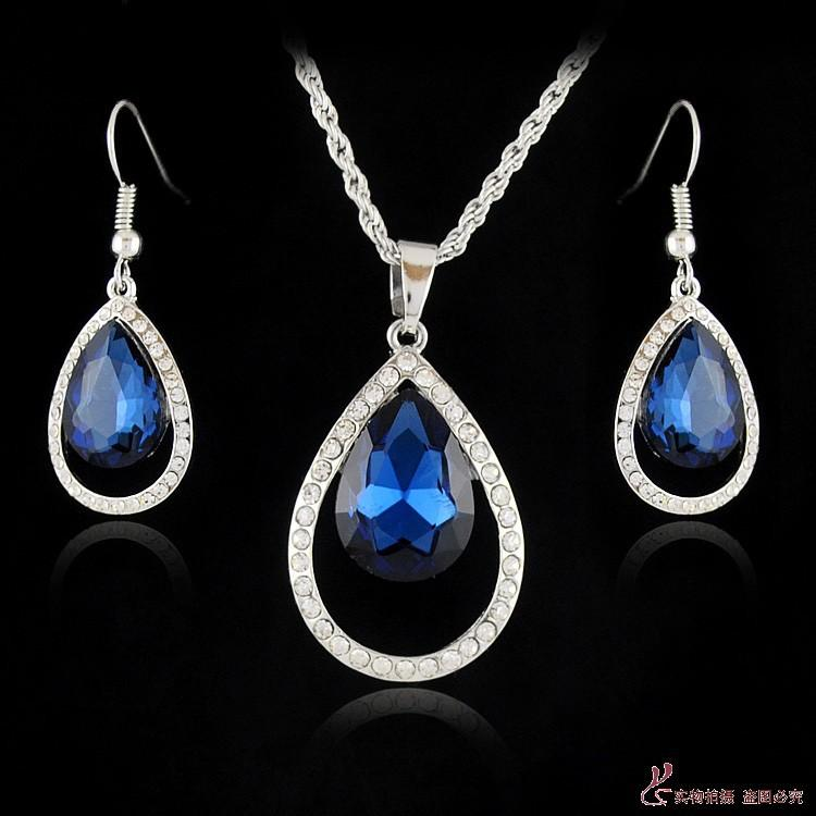 TEAR DROP BLUE EARRING/ NECKLACE SET